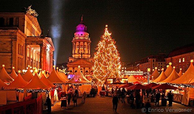 Beginn Weihnachtsmarkt Berlin 2019.Weihnachtsmarkt Am Gendarmenmarkt Weihnachten In Berlin