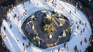 Schlittschuhlaufen Berlin Weihnachtsmarkt.Eisbahnen In Berlin Weihnachten In Berlin