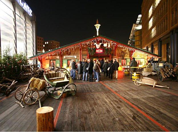 Beginn Weihnachtsmarkt Berlin 2019.Weihnachtsmarkt Auf Dem Alexanderplatz Weihnachten In Berlin