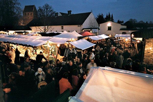 Weihnachtsmarkt auf Lehmanns Bauernhof – Weihnachten in Berlin